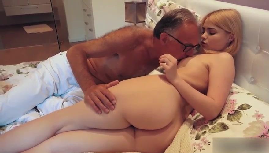 Amateur Dad Daughter Creampie