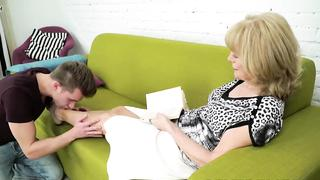 Nasty grandma needs young grandson boner to bang her pussy