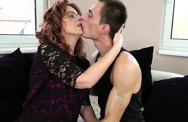 Horny grandson drills a sophisticated lovely grandma