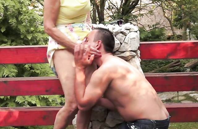 Pussy banged grandma shakes her bigtits and sucks cock like a pro