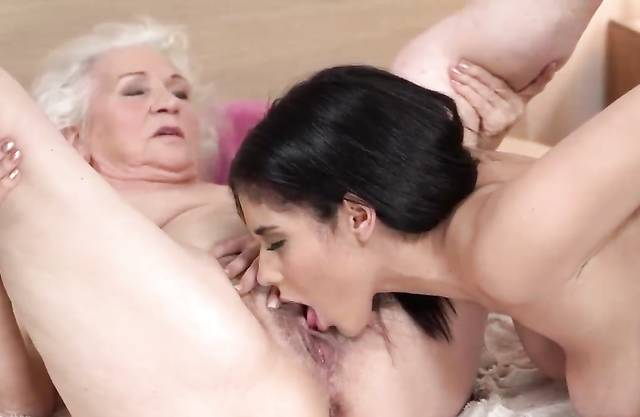 Legs Behind Head Pussy Licking