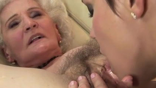 Grandma with old hairy vagina fucks young granddaughter