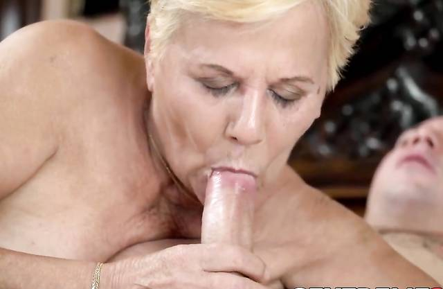 Seductive grandma wanks off before big cock insertion