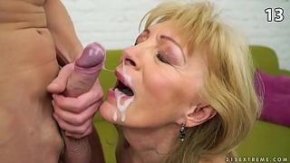 Incest  cumshots : Horny grandma make her grandson cum inside her mouth