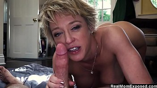 Seductive mother gets blackmailed by son to make XXX sex tape