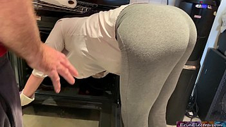 Bootylicious mom is horny and stuck in the oven own son fuck her
