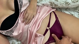 Boobalicious and sweet step daughter is sleeping home alone and i fucked her